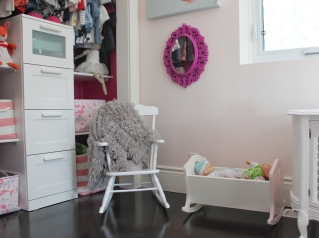 Toddler Girls Pink Room Reading Nook
